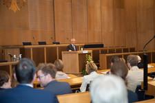 Oberbürgermeister Peter Feldmann bei seiner Rede