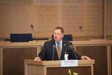 Begrüßung durch den Stadtverordnetenvorsteher der Stadt Frankfurt, Stephan Siegler