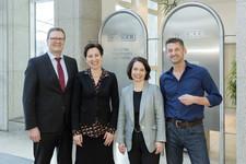 Richard Stubenvoll von Wacker Chemie AG, Dr. Nadja Tschirner und Simone Schönfeld von Cross Consult, Ralph Goldschmidt (v.l.n.r.)
