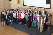 Gruppenfoto mit allen TeilnehmerInnen des 11. Regionalen Frankfurter Mentorings
